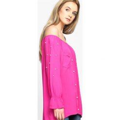 Fuksjowa Bluzka Damages. Różowe bluzki asymetryczne Born2be, m, z długim rękawem. Za 39,99 zł.