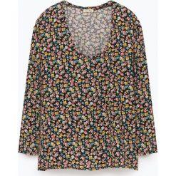 """T-shirty damskie: Koszulka """"Pomegrande"""" z kolorowym wzorem"""
