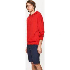 Klasyczne szorty - Granatowy. Niebieskie szorty męskie marki Cropp, klasyczne. W wyprzedaży za 39,99 zł.