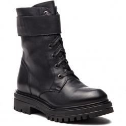 Trapery GINO ROSSI - Nam DTI085-BG8-0379-9900-F 99. Szare buty zimowe damskie marki Gino Rossi, w paski, z materiału, małe. Za 699,90 zł.