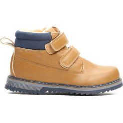 Camelowe Traperki Take Place. Brązowe buty zimowe chłopięce Born2be, z materiału, z okrągłym noskiem, na zamek. Za 69,99 zł.