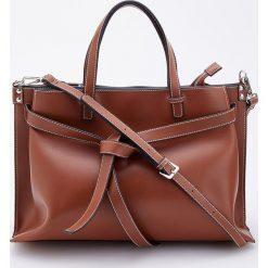 Duża torebka z odpinanym paskiem - Pomarańczo. Brązowe torebki klasyczne damskie marki Reserved, duże. Za 159,99 zł.
