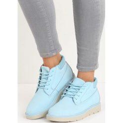 Niebieskie Traperki Great Deal. Czerwone buty zimowe damskie marki Reserved, na niskim obcasie. Za 79,99 zł.