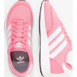Adidas Originals N5923 Tenisówki i Trampki chalk pink/footwear white. Czerwone trampki dziewczęce marki adidas Originals, z materiału. Za 269,00 zł.