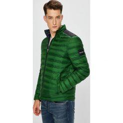 Calvin Klein - Kurtka puchowa. Zielone kurtki męskie pikowane marki Calvin Klein, z materiału. W wyprzedaży za 639,90 zł.