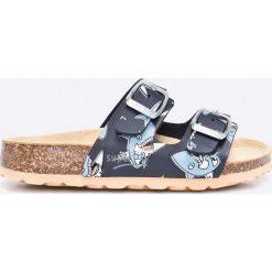 Superfit - Klapki dziecięce. Niebieskie klapki chłopięce marki Crocs, z gumy. W wyprzedaży za 89,90 zł.