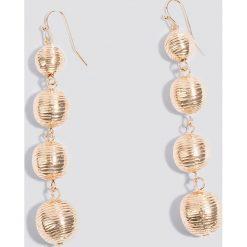 Kolczyki damskie: NA-KD Accessories Wiszące kolczyki Globe – Gold