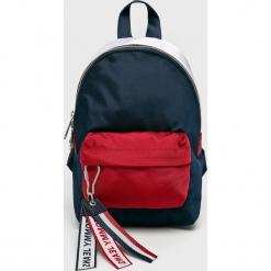Tommy Jeans - Plecak. Czarne plecaki damskie marki Tommy Jeans, z jeansu. Za 359,90 zł.