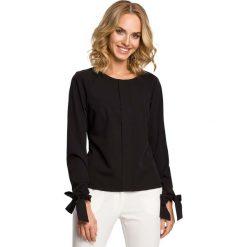 Odzież damska: Czarna Bluzka z Wiązanymi na Dole Długimi Rękawami