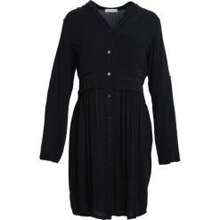 Czarna Sukienka Winner's Day. Czarne sukienki marki Born2be, s, z koszulowym kołnierzykiem, koszulowe. Za 79,99 zł.