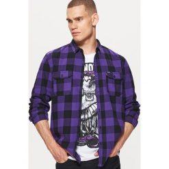 Koszula w kratę z kolekcji BALTIC GAMES - Fioletowy. Fioletowe koszule męskie marki Cropp, l. Za 79,99 zł.