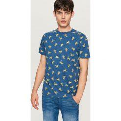 T-shirty męskie: Melanżowy t-shirt z nadrukiem – Granatowy