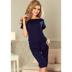 Kira Sukienka sportowa z krótkim rękawkiem i kieszonką - GRANATOWA. Niebieskie sukienki numoco, s, sportowe, z krótkim rękawem, mini, sportowe. Za 99,90 zł.