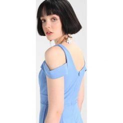 Sukienki hiszpanki: WAL G. COLD SHOULDER FITTED Sukienka etui cornflower blue
