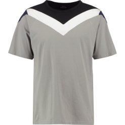 T-shirty męskie z nadrukiem: Mads Nørgaard TARKU Tshirt z nadrukiem grey