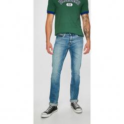 Tommy Jeans - Jeansy Scanton. Niebieskie jeansy męskie regular Tommy Jeans. Za 399,90 zł.
