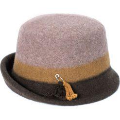 Kapelusz damski Gustowny brązowy. Brązowe kapelusze damskie marki Art of Polo. Za 94,09 zł.