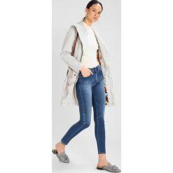 LOIS Jeans CORDOBA Jeans Skinny Fit double stone. Niebieskie jeansy damskie relaxed fit marki LOIS Jeans, z bawełny. Za 419,00 zł.