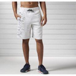 Reebok Spodenki męskie Workout Ready Cotton Series szare r. S (BK4727). Szare spodenki sportowe męskie marki Reebok, l, z dzianiny, z okrągłym kołnierzem. Za 121,16 zł.
