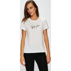 Tommy Jeans - Top. Szare topy damskie Tommy Jeans, l, z nadrukiem, z bawełny, z okrągłym kołnierzem. W wyprzedaży za 99,90 zł.