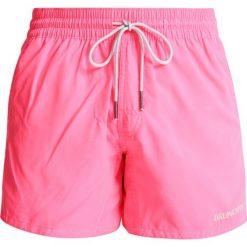 Brunotti CRUNOT Szorty kąpielowe neon pink. Niebieskie kąpielówki męskie marki Brunotti, m, z denimu. W wyprzedaży za 126,75 zł.