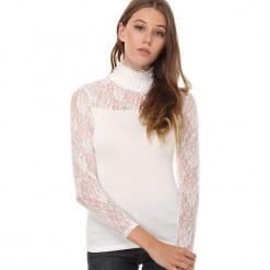 Koszulka w kolorze kremowym. Białe bluzki koronkowe Assuili, klasyczne, ze stójką, z długim rękawem. W wyprzedaży za 58,95 zł.