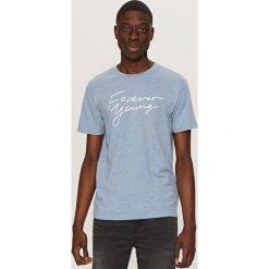 Melanżowy t-shirt z nadrukiem - Niebieski. Niebieskie t-shirty męskie z nadrukiem Reserved, l. Za 49,99 zł.