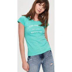 T-shirty damskie: T-shirt z napisem – Turkusowy
