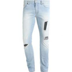 Armani Exchange Jeansy Slim Fit denim indigo. Czarne jeansy męskie marki Armani Exchange, l, z materiału, z kapturem. W wyprzedaży za 365,40 zł.