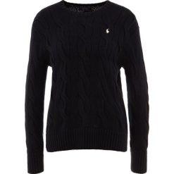 Polo Ralph Lauren OVERSIZED CABLE Sweter polo black. Czarne swetry klasyczne damskie Polo Ralph Lauren, m, z bawełny, polo. Za 589,00 zł.