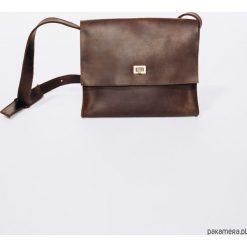 TOREBKA Skórzana Lezerton T04 Brązowa. Brązowe torebki klasyczne damskie Pakamera, małe. Za 499,00 zł.