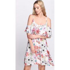 Sukienki: Biała Sukienka Divine Fuchsia