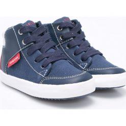 Geox - Buty dziecięce. Szare buty sportowe chłopięce marki Geox, z gumy, z okrągłym noskiem, na sznurówki. W wyprzedaży za 159,90 zł.