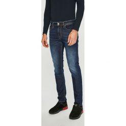 Diesel - Jeansy Thommer. Niebieskie jeansy męskie skinny Diesel. Za 629,90 zł.