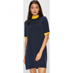 Noisy May - Sukienka Julie. Sukienki małe czarne marki Mohito, l, proste. Za 149,90 zł.