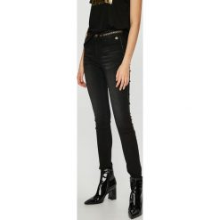 Desigual - Jeansy Gewn. Szare jeansy damskie marki Desigual, l, z tkaniny, casualowe, z długim rękawem. Za 399,90 zł.