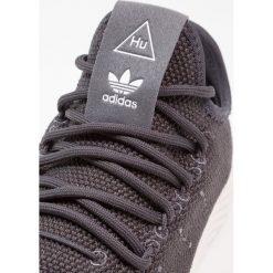 Tenisówki damskie: adidas Originals PW TENNIS HU Tenisówki i Trampki carbon/chalk white