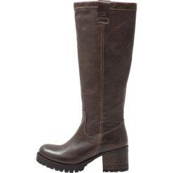 Bullboxer Kozaki na platformie dark brown. Czarne buty zimowe damskie marki Kazar, z futra, przed kolano, na wysokim obcasie, na koturnie. W wyprzedaży za 384,30 zł.