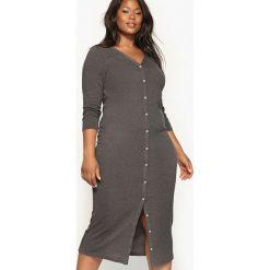 Sukienki: Trykotowa sukienka z zapięciem na guziki