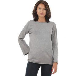 Sweter w kolorze szarym. Szare swetry klasyczne damskie marki L'étoile du cachemire, z kaszmiru. W wyprzedaży za 129,95 zł.