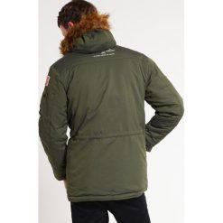 Alpha Industries Kurtka zimowa dark green. Czarne kurtki męskie zimowe marki Alpha Industries, m, z aplikacjami. Za 1049,00 zł.