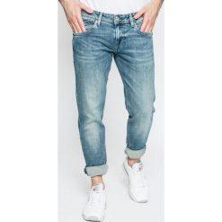 Pepe Jeans - Jeansy. Niebieskie jeansy męskie slim Pepe Jeans. W wyprzedaży za 229,90 zł.