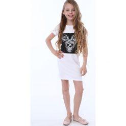 Sukienka dziewczęca z aplikacją biała NDZ8380. Czarne sukienki dziewczęce marki Fasardi, m, z dresówki. Za 49,00 zł.