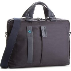 Torba na laptopa PIQUADRO - CA1903P16 Granatowy. Niebieskie torby na laptopa Piquadro, z materiału. W wyprzedaży za 639,00 zł.