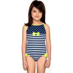 Dziewczęcy kostium kąpielowy Aletta. Różowe stroje jednoczęściowe dziewczęce marki Astratex, w kropki, z lycry. Za 96,99 zł.