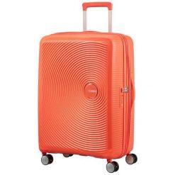 Walizka podróżna SOUNDBOX 67/24 TSA EXP brzoskwiniowa (32G-66-002). Pomarańczowe walizki marki American Tourister. Za 357,41 zł.