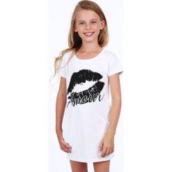 Sukienka dziewczęca z nadrukiem biała NDZ8177. Białe sukienki dziewczęce z falbanami Fasardi, z nadrukiem. Za 49,00 zł.