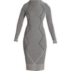 Sukienki dzianinowe: Karen Millen CHEVRON KNIT COLLECTION Sukienka dzianinowa white