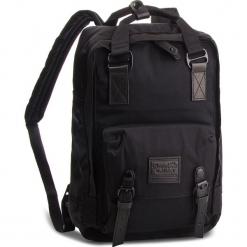 Plecak DOUGHNUT - D010B-0003-F Macaroon Black/Series Black. Czarne plecaki męskie Doughnut, z materiału. Za 349,00 zł.