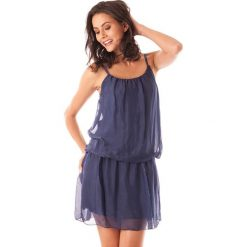 Sukienki balowe: Sukienka w kolorze granatowym